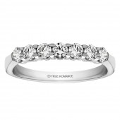 14K WHITE GOLD .50CTW SHARED PRONG BAND
