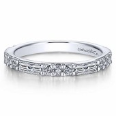 14KW .23CTW Round Diamond .38CTW Baguette Band