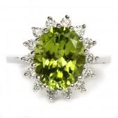 14K White Gold Oval Peridot Diamond Ring
