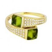 14KY .26CTW Diamond and Peridot Ring.