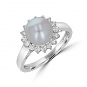 14K WHITE GOLD DIAMOND AND FRESH WATER PEARL RING